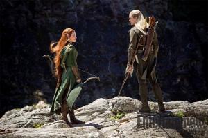 The Hobbit 2 still Legolas and Tauriel